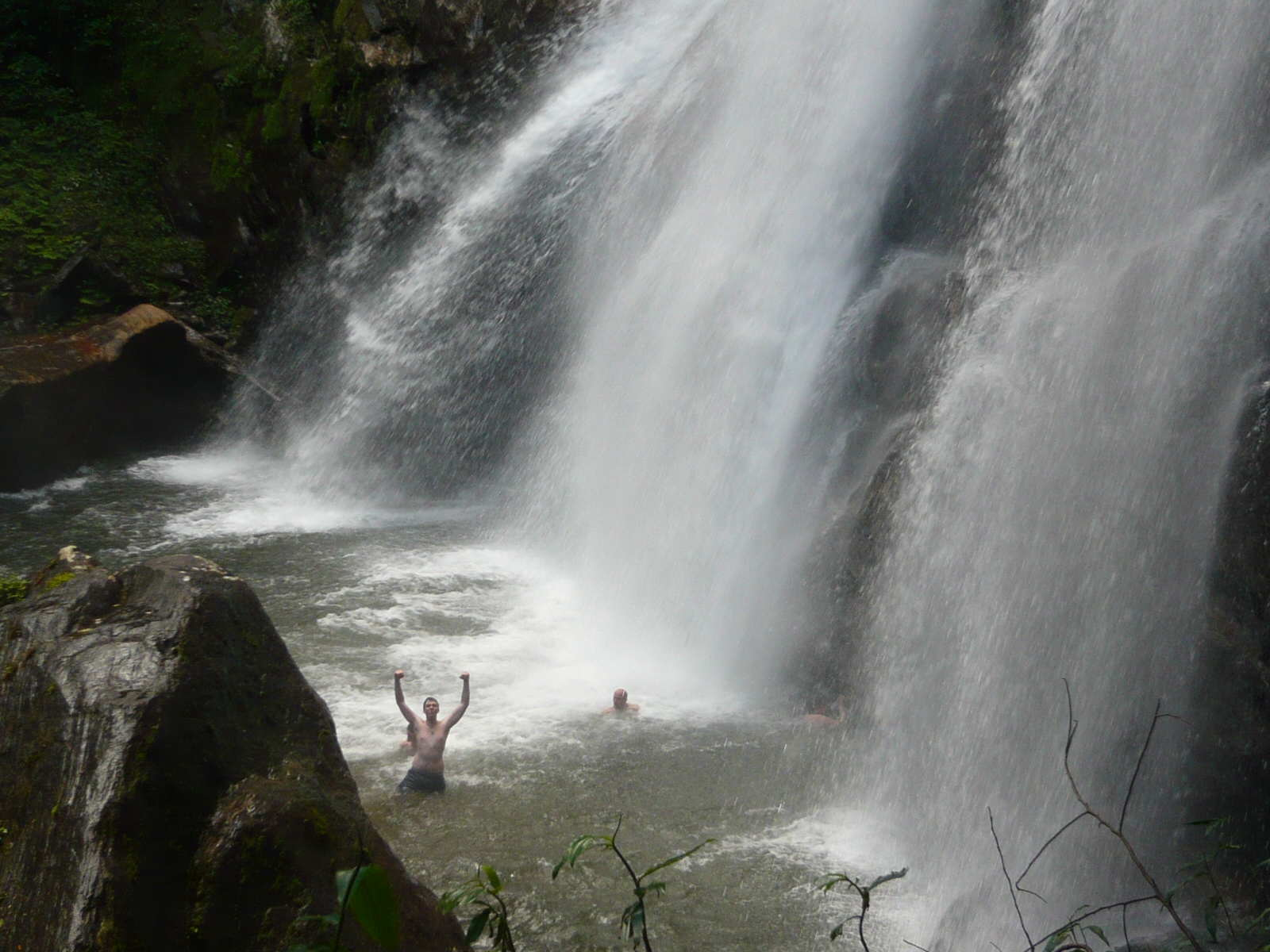 Sanje Waterfall Swimming, Udzungwa